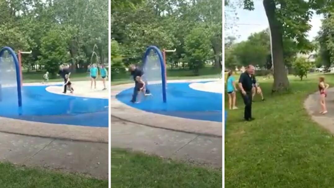 Chwila oddechu na służbie. Policjant bawił sięz dziećmi w fontannie