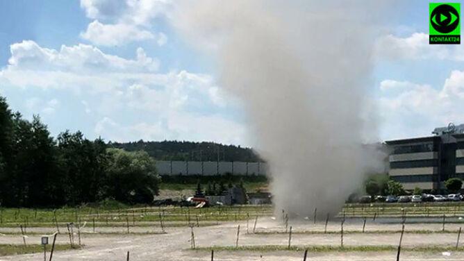 """Kolejne """"malutkie tornado"""" w Polsce. <br />Tym razem pod Krakowem"""