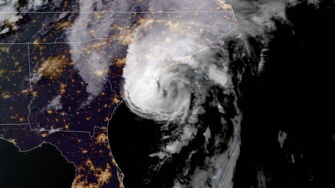 """Ten sezon na huragany może być """"ekstremalnie aktywny"""". NOAA aktualizuje prognozę"""
