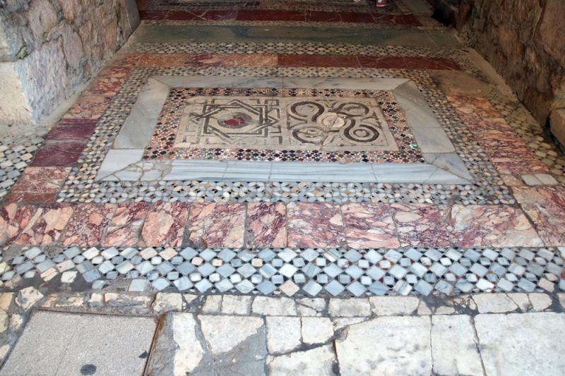 Mozaiki w świątyni Świętego Mikołaja w Demre Turcji (Shutterstock)