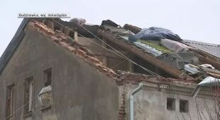 Strażak opowiada o zerwanym dachu